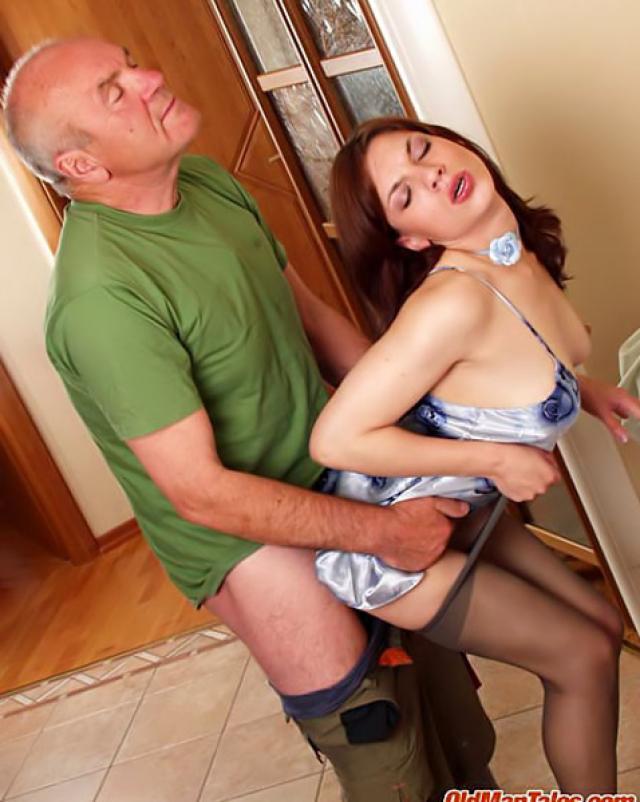 Жесткий секс папа