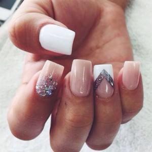 Square manicure nails