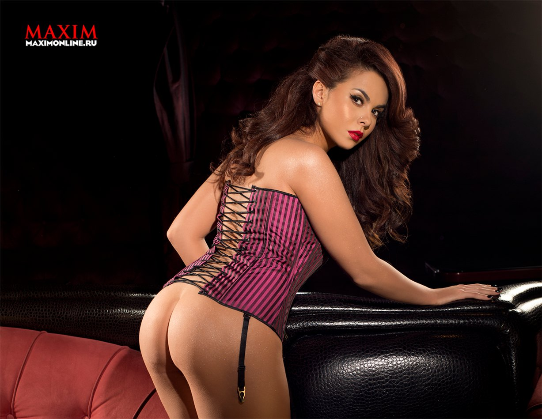 голая Настя Каменских в журнале Maxim декабрь 2012 - Россия/Украина