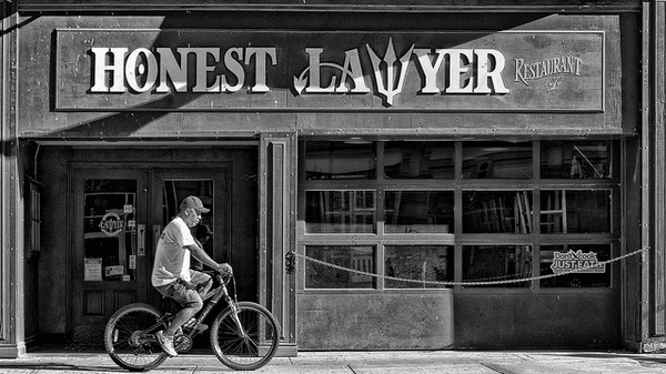 Как адвокату привлечь клиентов