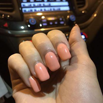 Ninas nails