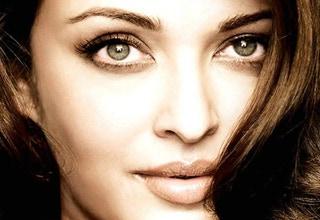 bollywood-actress-aishwarya-rai-bachchan-green-eyes-photo