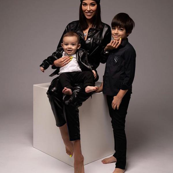 Дети Карины Тигры и ее мужа Ики