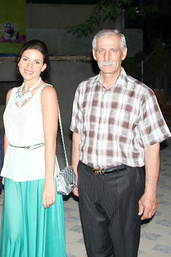 Отец Жасмин Лев Манахимов