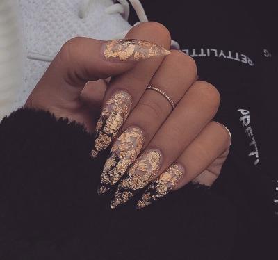 Gold nails tumblr