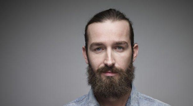 полная борода с усами