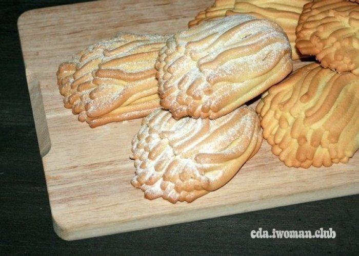 Печенье песочное хризантемы