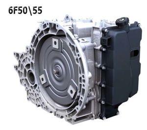 """6F50Cемейство современных 6-ступенчатых АКПП Форд 6F50 / 6F55 разработано совместно с Дженерал Моторс для передне- и полно-приводных автомобилей Форда в 2007 году. Используется для мощных Эксплореров и Таурусов (Taurus) с бензиновыми двигателями в 3.5 литра и дизели в 2.5 литра рассчитаны на максимальный крутящий момент 380 Нм. Через два года вышла более мощная модификация 6F55 - на момент до 407Нм и двигатель V6 в 3.5 литра. Список машин, которые оснащаются коробками этого семейтсва постоянно пополняются. Эти коробки в последние годы стали ставить на Мазду Тритьют и CX-9, Меркури Маринер, Милан и др. с двигателями 3-3.5 литра. см. список внизу. Аналогична по железу АКПП GM 6T70 / 6T75. Большинство узлов этих АКПП максимально унифицированы и взаимозаменяемы. Этот новый проект призван создать современную надежную и главное - конкурентную по цене 6-ти ступенчатую АКПП, которую должны были оценить и заметить не только американские производители, но и европейские БМВ, Вольво, Ягуар и остальные """"бескоробочные"""" производители машин премиум класса. С ДЖиЭмовской 6Т70 ее отличает в основном электрика с настройками компьютера. 6T70 считается более проблемной коробкой по сравнению с Фордовской модификацией и у нее было довольно много детских проблем из-за электрики, железа. В 2012 было сделано несколько значительных доработок, с добавлением волнистых колец в пакеты и оптимизацией работы платы соленоидов гидроблока. фильтр АКПП ford 6F50 / 6F55 (GM 6T70 / 6T75) Запчасти и ремкомплекты для этой АКПП Подобрать ремкомплекты - нажми клавишу слева. АКПП 6F50 / 6F55 (GM 6T70 / 6T75) стоят на редких американских машинах и для редкого капремонта редко заказывают только фильтр (214010) с прокладкой поддона, которые рекомендуется менять вместе с маслом после 50-80 ткм. Узнать цену - нажми номер на желтом фоне Стоит иметь ввиду, что для этого класса АКПП важно следить за чистотой масла (DEXRON-VI - GM или Меркон 5 - Ford) и его температурой. Масла ок. 9.5 литров на полную замену. Рекоменд"""