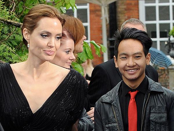 Анджелина с сыном