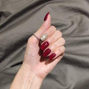 Lamore nails