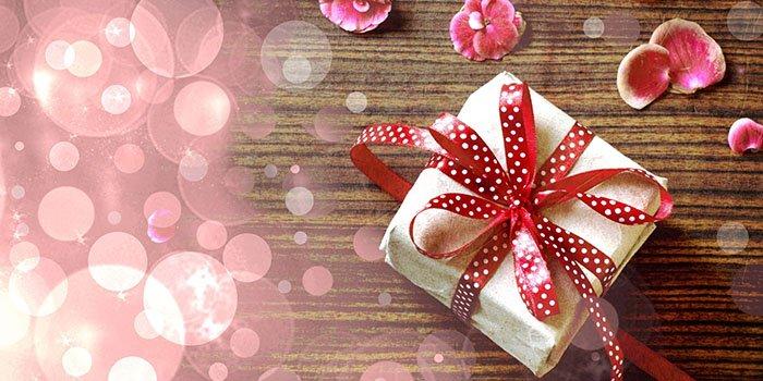 Как упаковывать правильно подарки