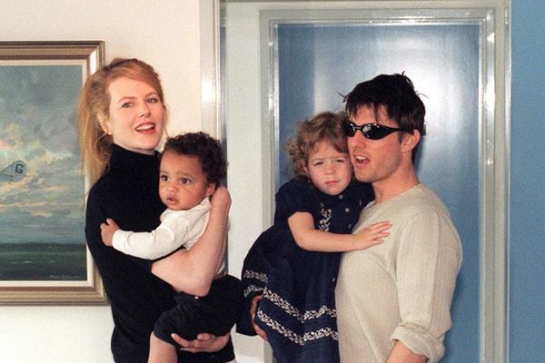 Дети Николь и Тома