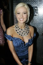 Free porn pics of holly madison 23 of 81 pics