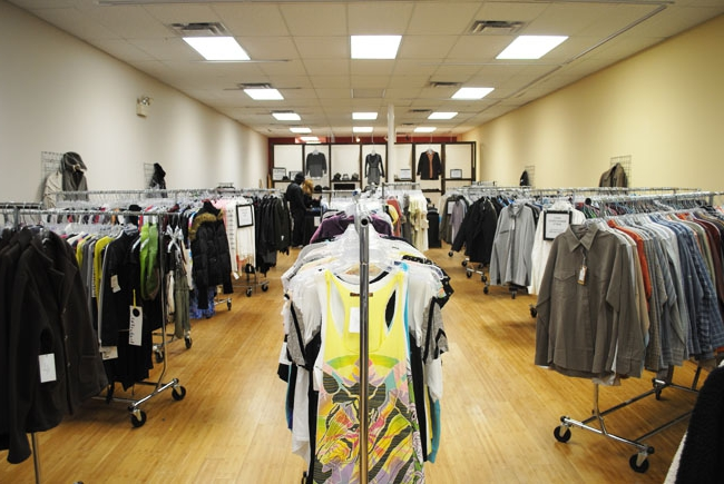 Как открыть сток магазин брендовой одежды