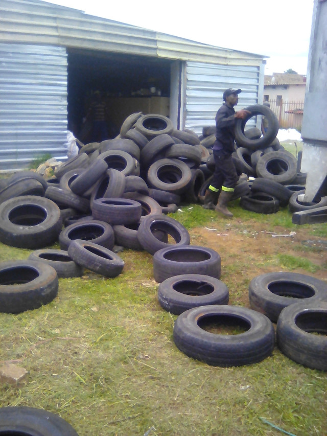 Redisa tyre collection in November 2016