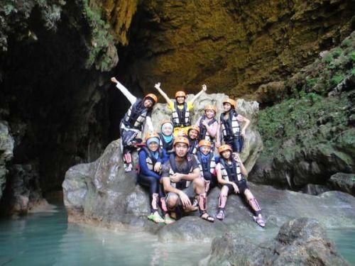 wisata cave tubing kalisuci