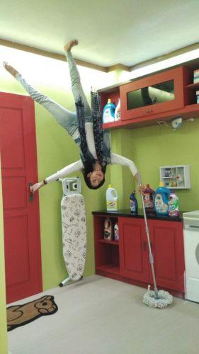 wisata upside down world di jogja