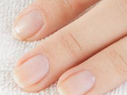 Best products to help nails grow