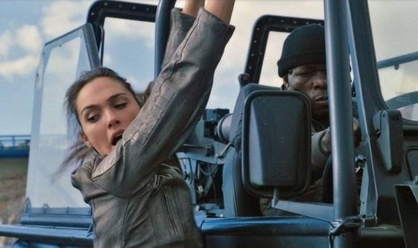 Как чудо-женщина Галь Гадот из служащей израильской армии превратилась в актрису