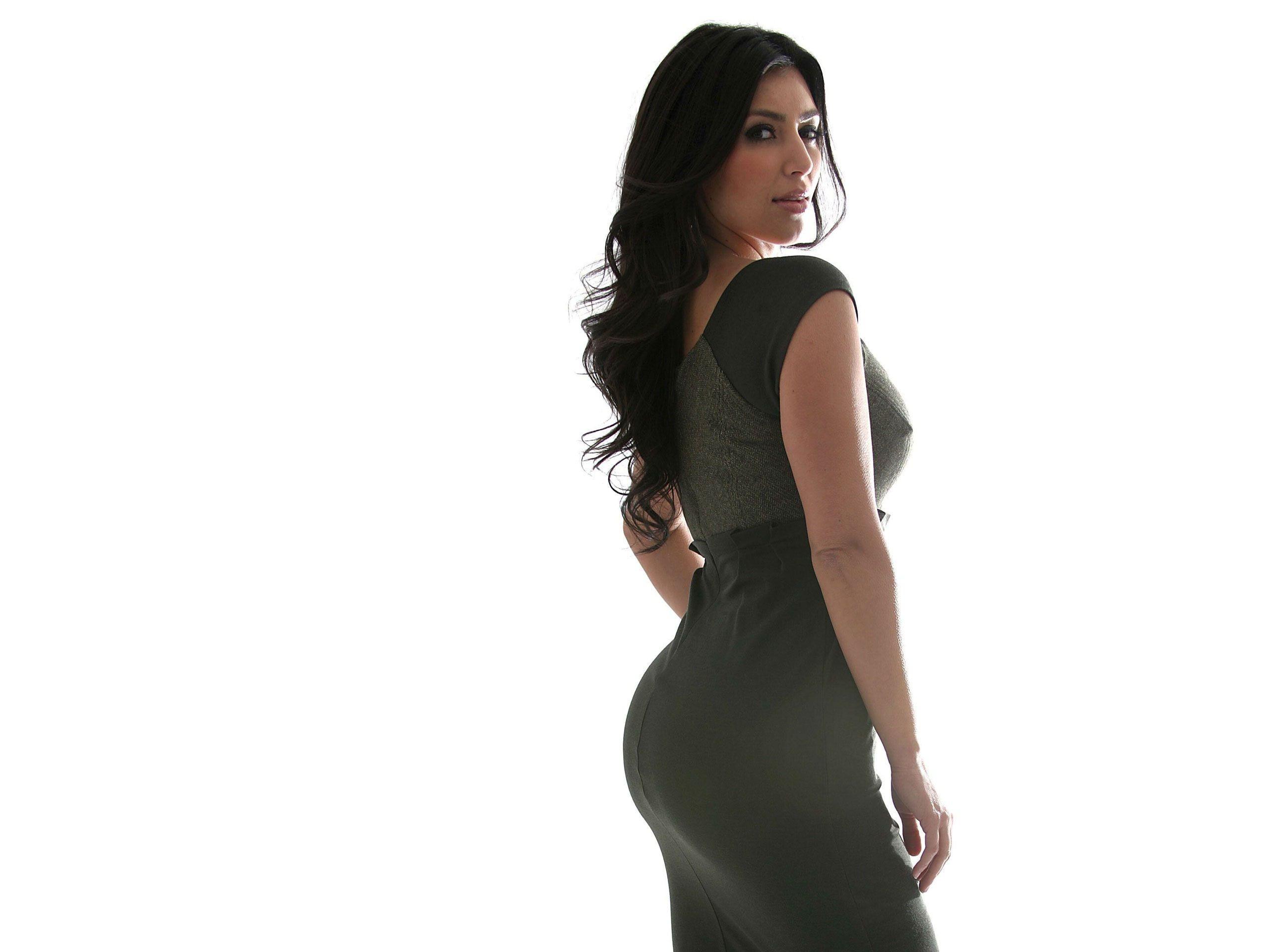Kim Kardashian Sexy Back