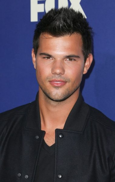 What is taylor lautners ethnicity