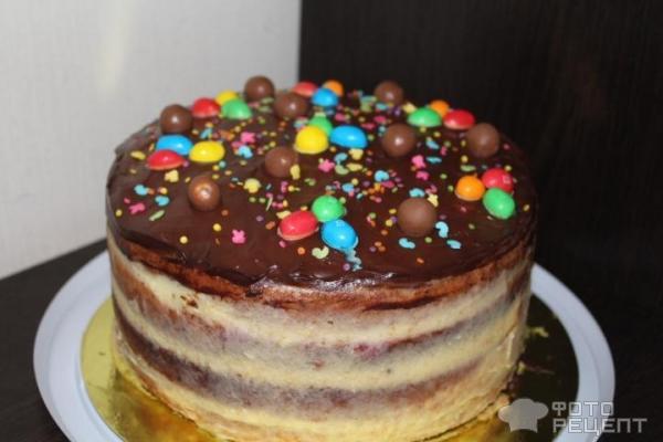 Бисквитный торт с сырным кремом