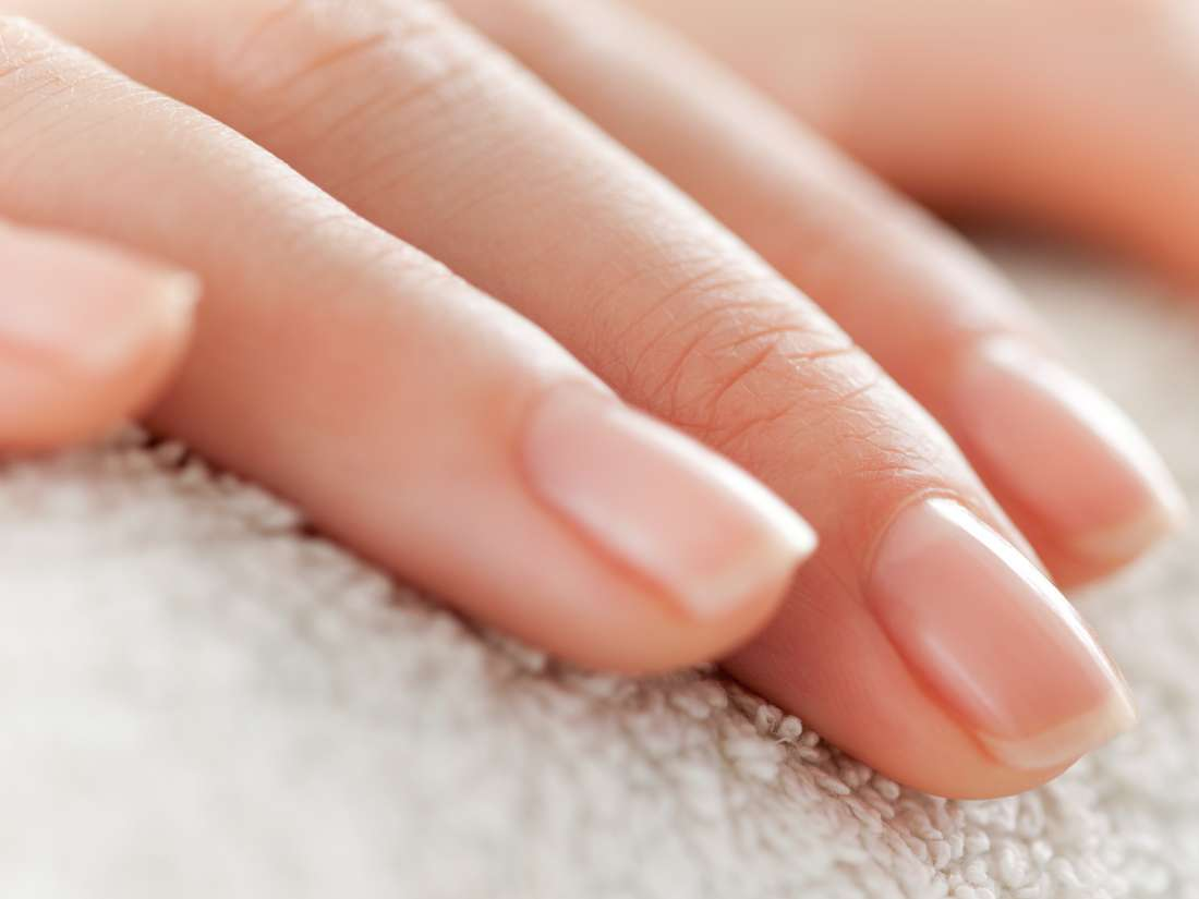 Cause of soft peeling nails