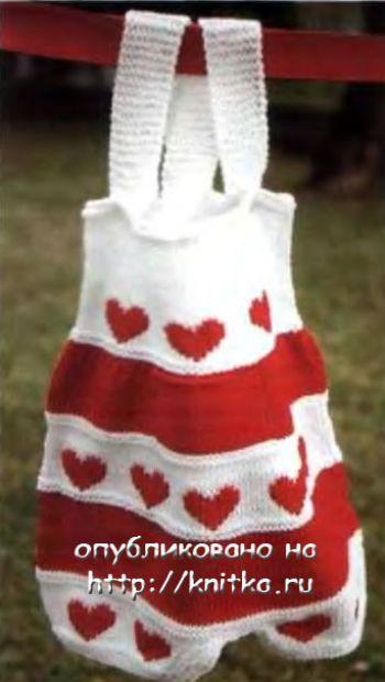 Комбинезон для новорожденных с сердечками