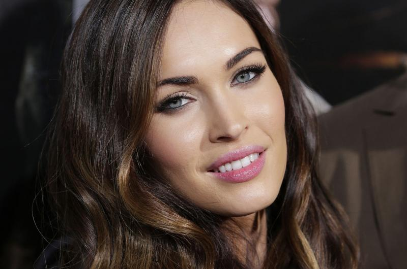Megan fox transformers set