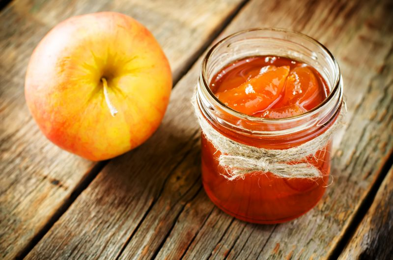 Яблочное варенье кусочками янтарное