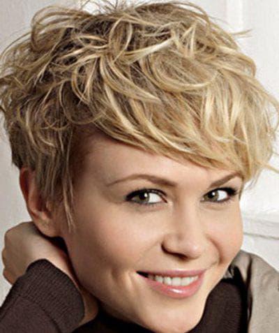 Короткие стрижки женские волнистые волосы