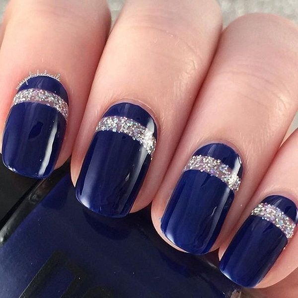 Blue design nails