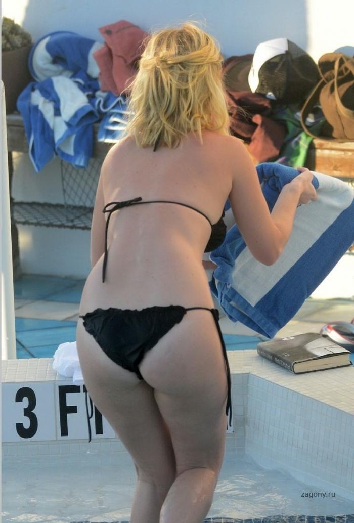Элис ив фото в купальнике