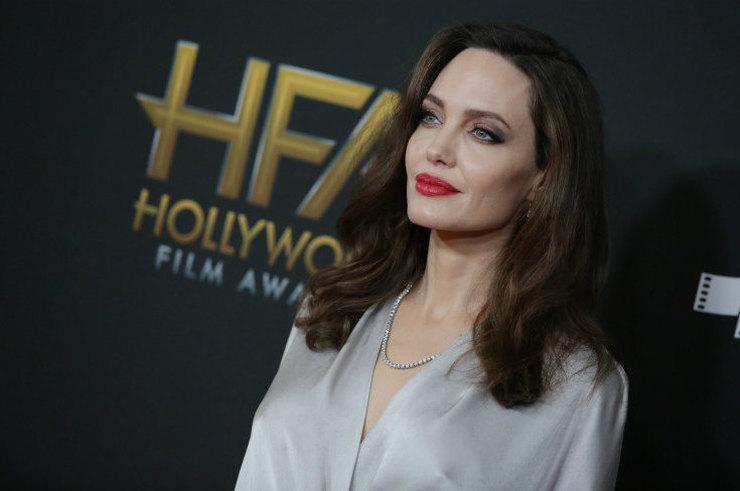 Джоли последние новости 2017 фото