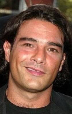 В главной роли Актер Марко Леонарди, фильмографию смотреть онлайн.
