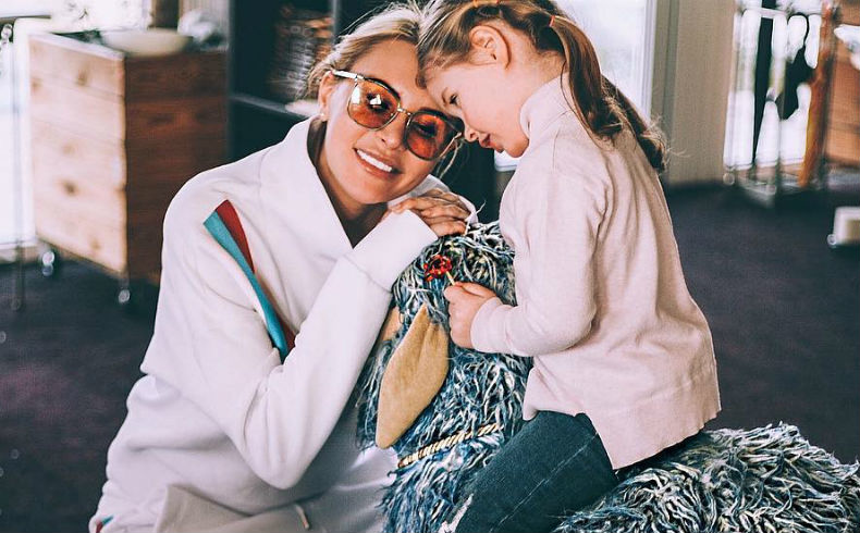 Александр задойнов фото дочери