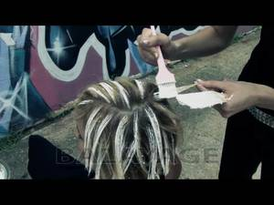 Процедура покраски волос
