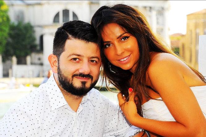 «Моя маленькая девочка»: Михаил Галустян показал жену в микрошортах и без бюстье
