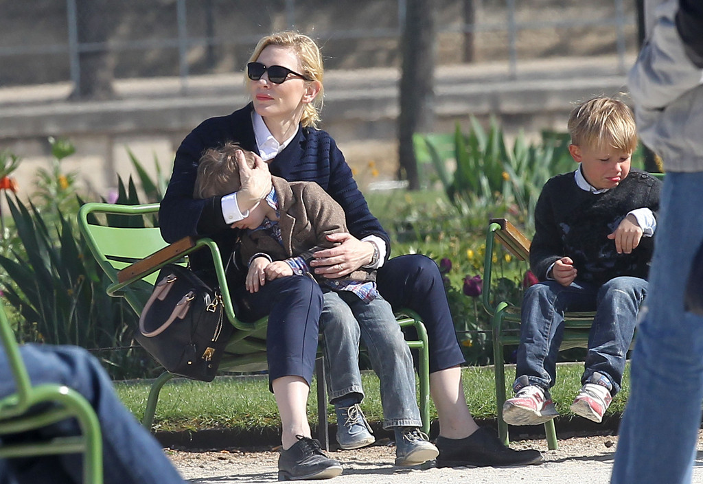 Cate blanchett family photos