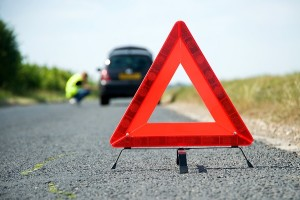 Как получить техническую помощь, если машина сломалась в дороге?