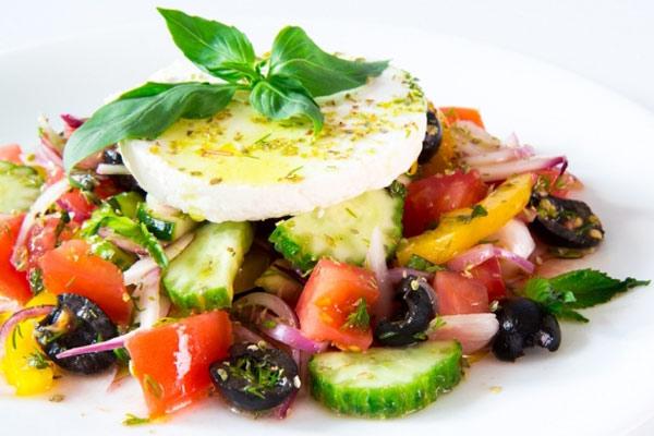 Рецепт салата с сыром фета греческий