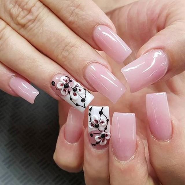 Nails shops open on sunday
