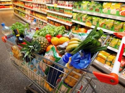Азербайджанцы потратили на еду 13 миллиардов манатов