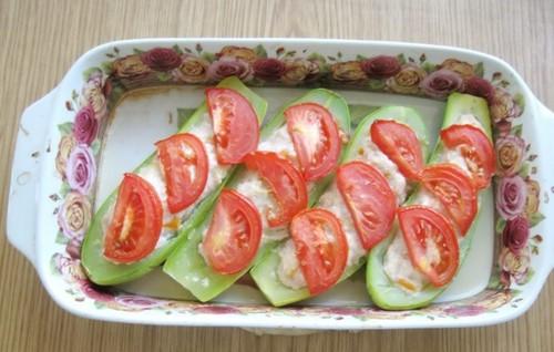 Лодочки из кабачков с фаршем в духовке: рецепт с фото пошаговый (самые вкусные)