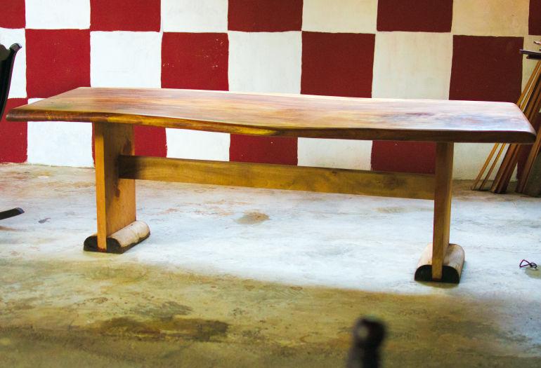 Mesa hecho con un LT15