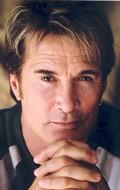 В главной роли Актер, Продюсер Ричард Нортон, фильмографию смотреть онлайн.