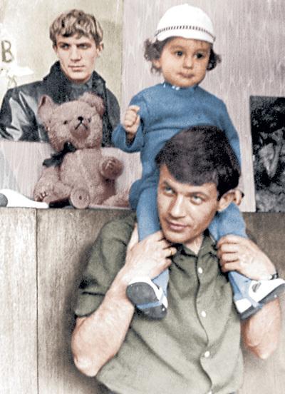 Геннадий с маленьким сыном Антоном