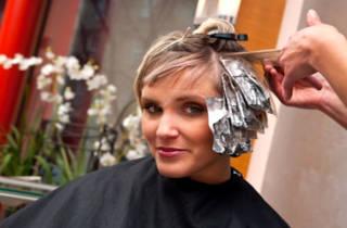Можно ли при беременности делать мелирование волос