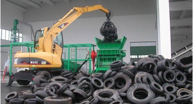 Шредер для переработки шин