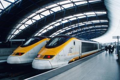 Поезд Баку-Гянджа будет развивать скорость до 150-160 км/ч - будут VIP-купе